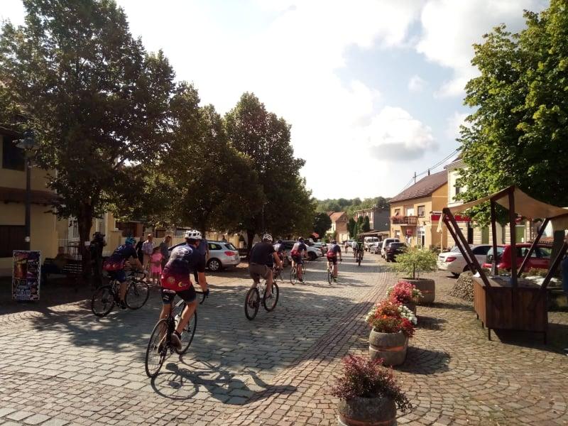 Održana biciklijada u Krašiću povodom Međunarodnog dana mladih