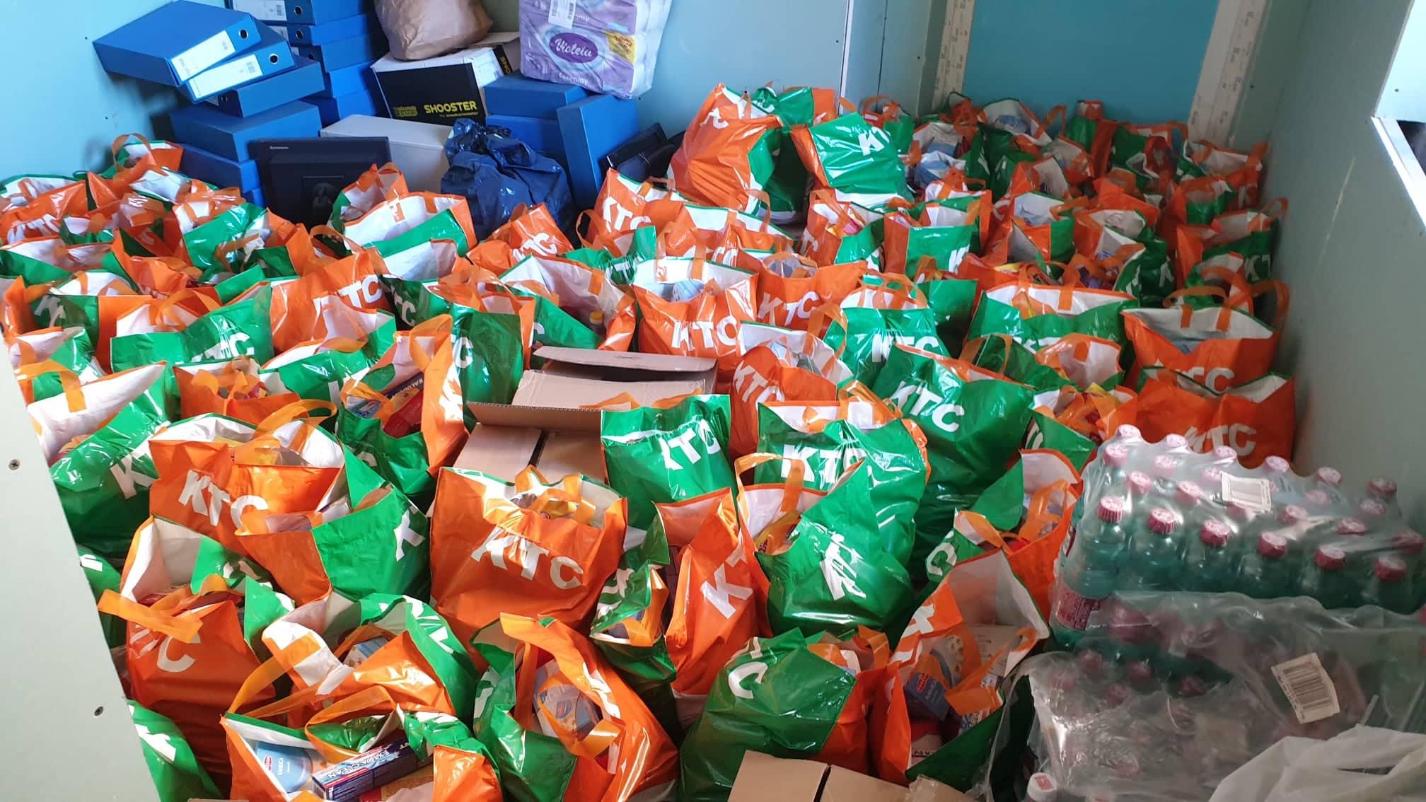 Podijelili smo 100 paketa pomoći starijim i nemoćnim osobama na području grada Karlovca i okolice